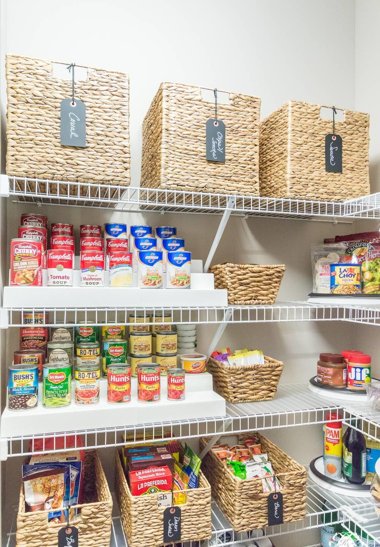 Tủ bếp với phong cách siêu thị