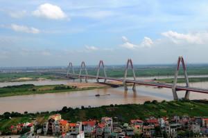 Cấp phép xây dựng bãi ngoài đê sông Hồng: Hiểu đúng quy định