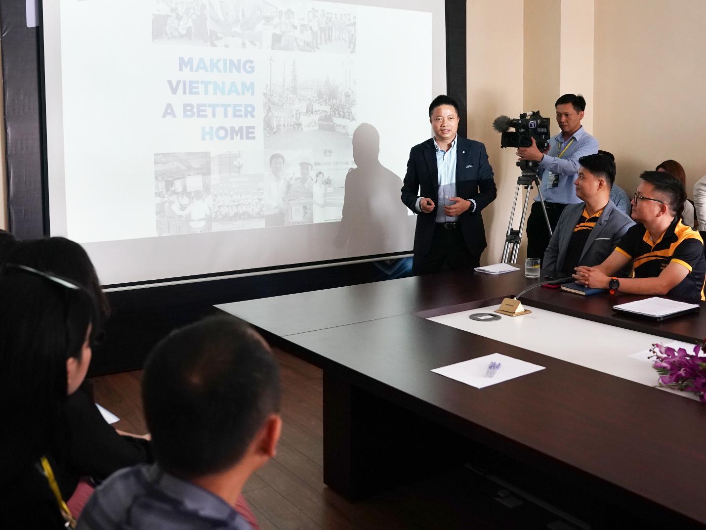 Ông Đặng Minh Phương - Giám đốc Điều hành miền Bắc Saint-Gobain Việt Nam chia sẻ về giải pháp trần Vĩnh Tường có tính năng siêu bảo vệ