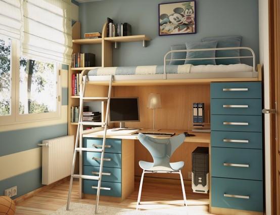 một bức tường sọc, một chiếc giường có nhiều đồ, một chiếc bàn nhỏ bên dưới và một số đồ trang trí