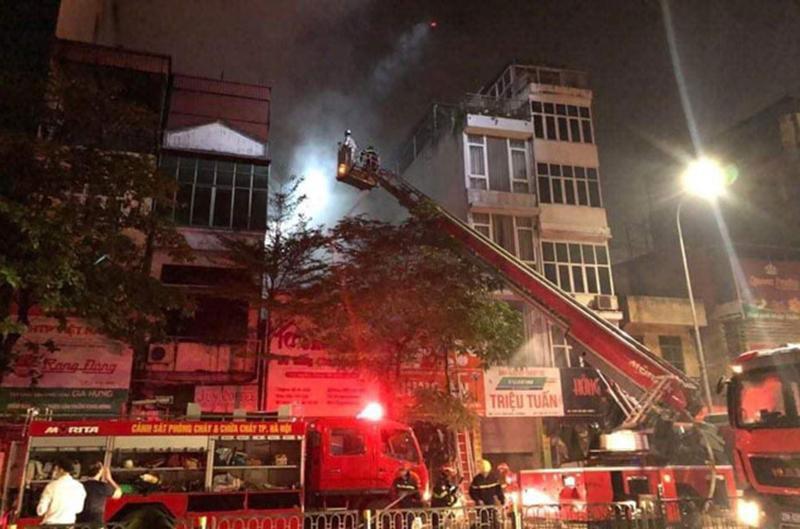 Vụ cháy nghiêm trọng xảy ra ở phố Tôn Đức Thắng (Hà Nội) làm 4 người chết