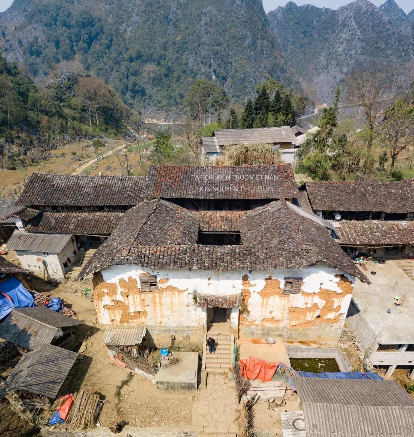 Nhà cổ Lũng Táo