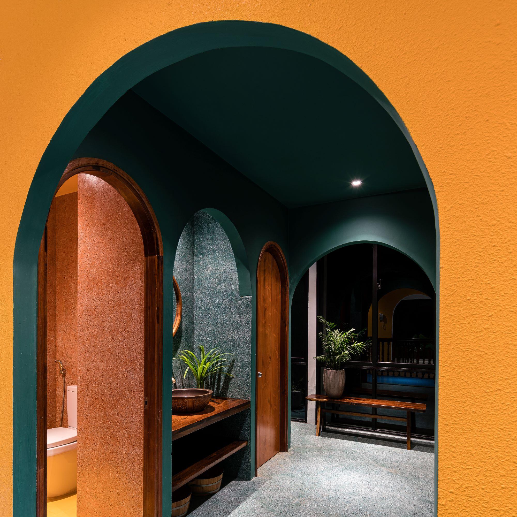 Đá mài, gạch bông truyền thống kết hợp mảng màu tạo bố cục xuyên suốt không gian Sen Spa