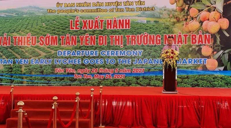 Tổng Giám đốc Công ty TNHH Toàn Cầu, đại diện cho các doanh nghiệp xuất khẩu vải sớm sang Nhật Bản phát biểu tại Lễ xuất hành vải sớm