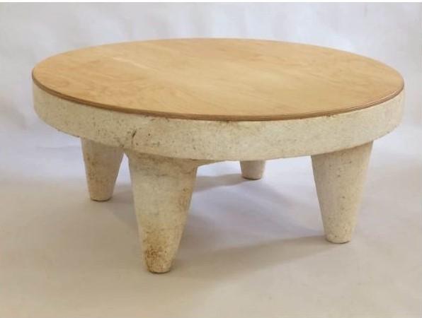 Các sản phẩm bàn ghế làm từ sợi nấm với thiết kế ấn tượng