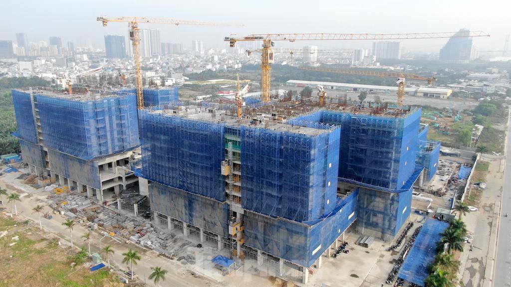 UBND TPHCM giao Sở Xây dựng tăng cường quản lý chặt chẽ các dự án bất động sản, nhất là bất động sản hình thành trong tương lai