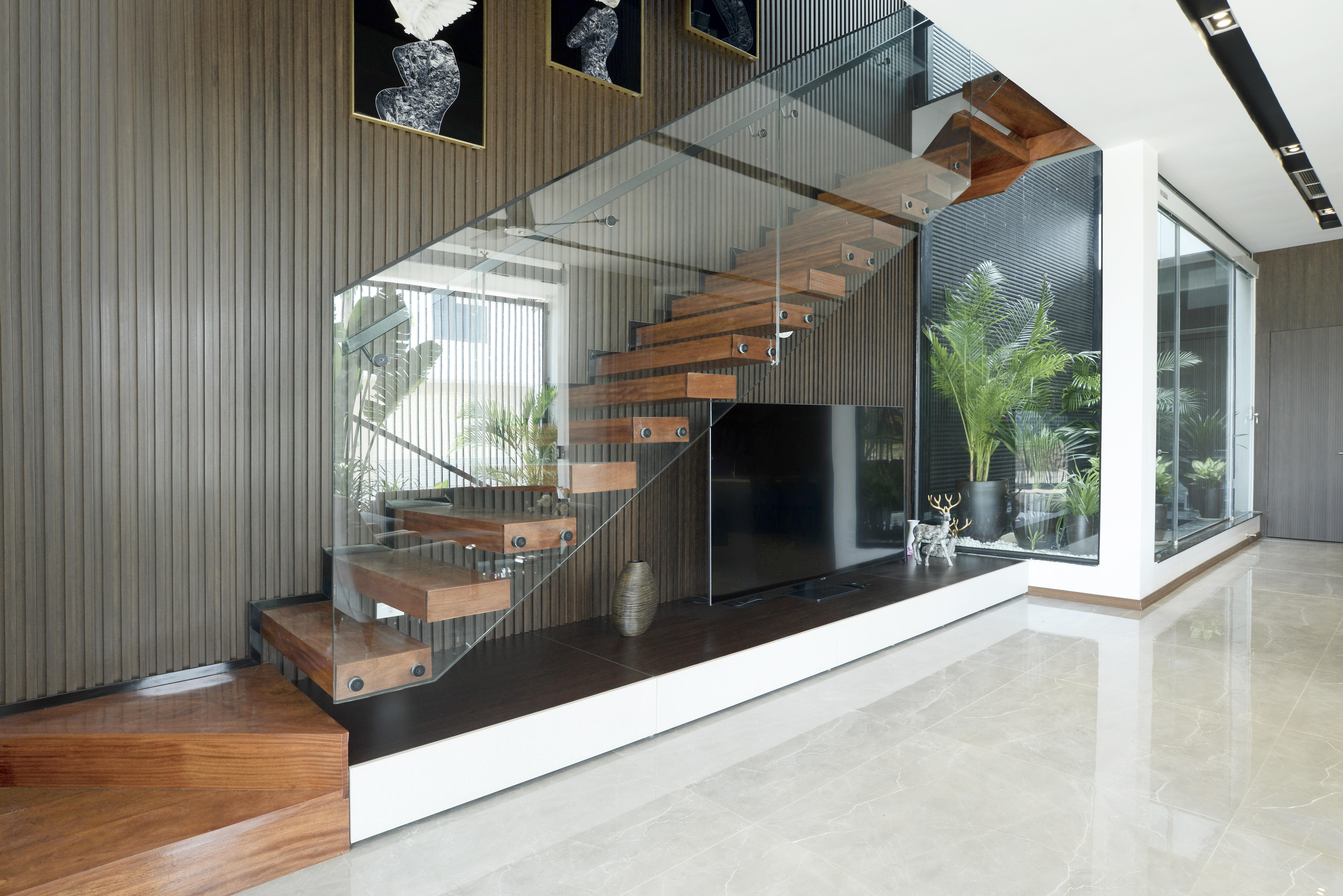 Cầu thang thiết kế theo xu hướng hiện đại