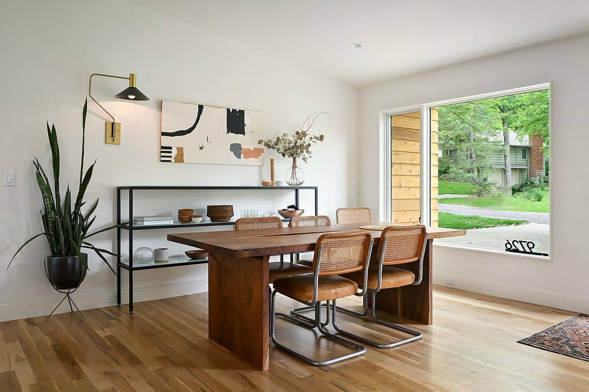 Phòng ăn phong cách Scandinavian cũng có thể được sử dụng như một không gian làm việc tại nhà tuyệt vời