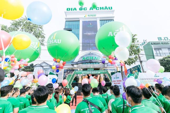 Trụ sở mới của Địa ốc Á Châu trong ngày khai trương chính thức đưa vào hoạt động