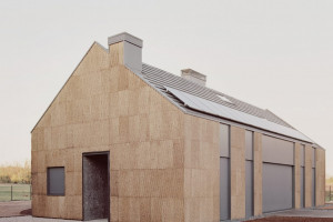 Ngôi nhà làm từ gỗ bần