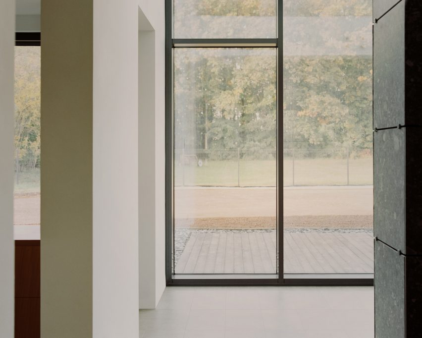 Không gian thiên nhiên có thể dễ dàng được quan sát từ trong nhà