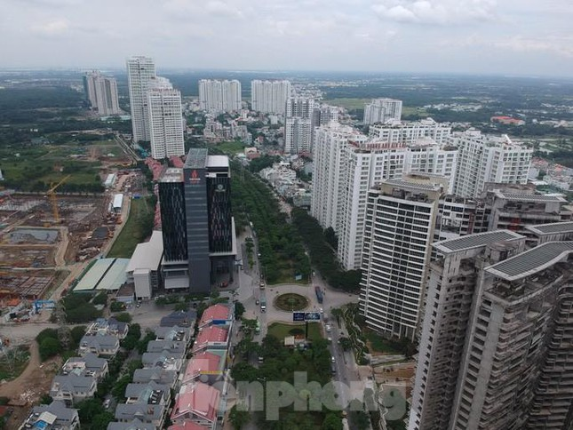TPHCM chỉ đạo các sở ngành, Công an TPHCM, UBND TP.Thủ Đức, UBND quận huyện tăng cường công tác quản lý tình hình thị trường bất động sản