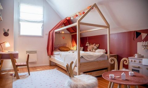 Những màu sắc lộng lẫy hiếm khi được sử dụng trong phòng cho con (P1)