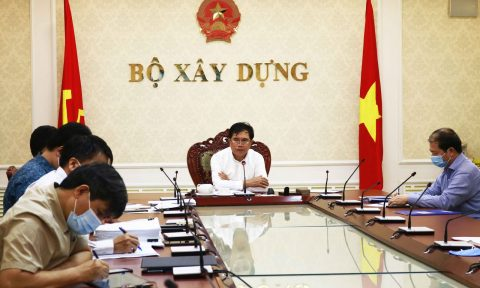 Thứ trưởng Lê Quang Hùng chủ trì cuộc họp của Tổ công tác đặc biệt của Bộ Xây dựng về phòng, chống dịch bệnh Covid-19
