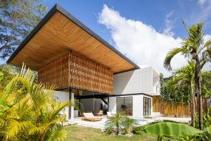 Naia House