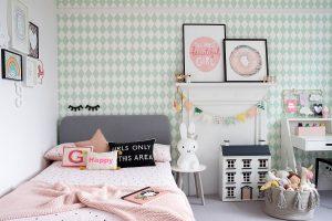 Những sắc màu mang đến sự mới mẻ cho phòng ngủ của bé gái